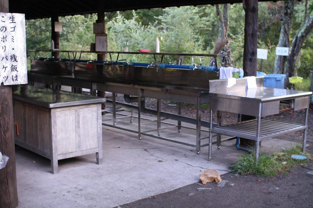 菖蒲ヶ浜キャンプ場炊事場
