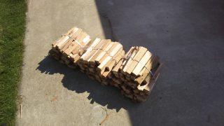 秋冬キャンプに向けて焚き火用の薪作り。イライラは禁物!危うく大けがするところだった。