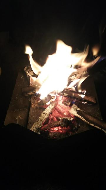 冬キャンプ焚き火